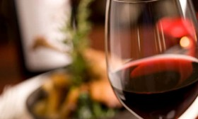5 Benefits of Red Wine