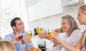 6 Tips on How to Bond With Your In-Laws