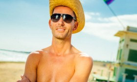 6 Men's Beach Fashion Tips